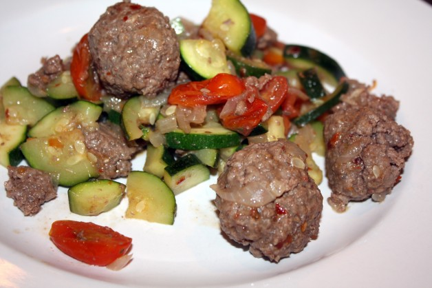 Meatballs with Zucchini & Tomatoes