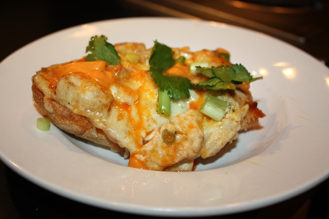 buffalo chicken french bread pizzas-05