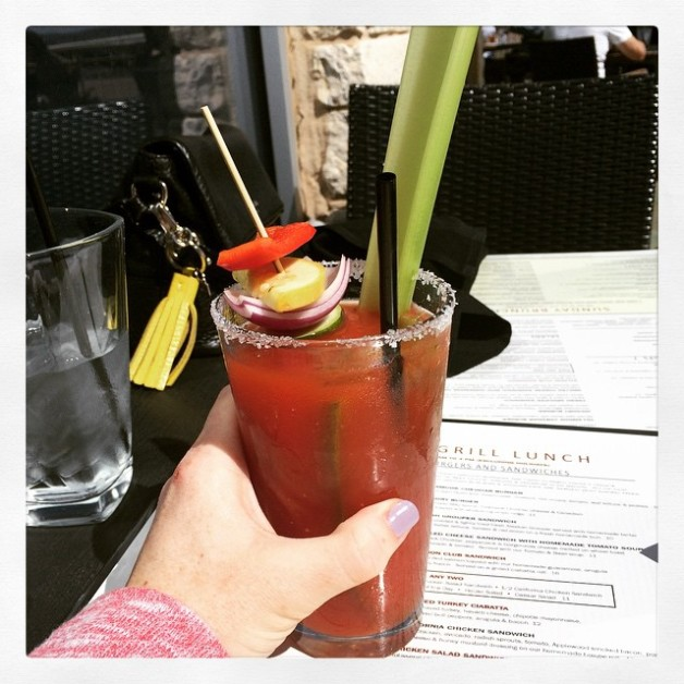 Come to mama #bloodymarybarforthewin #thanksforthemanicureJess