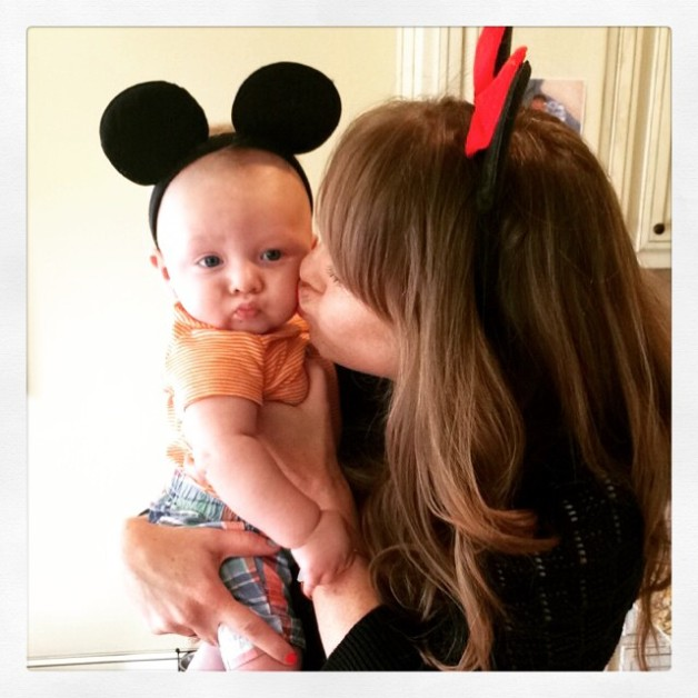 Baby kissy face muah